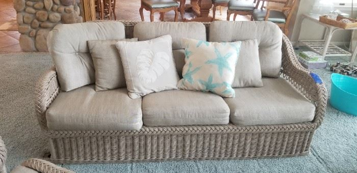 Nice quality rattan couch $175