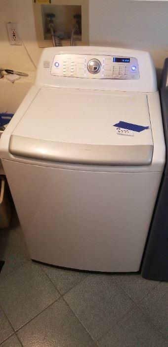 Kenmore Elite washing machine with stainless steel interior $250